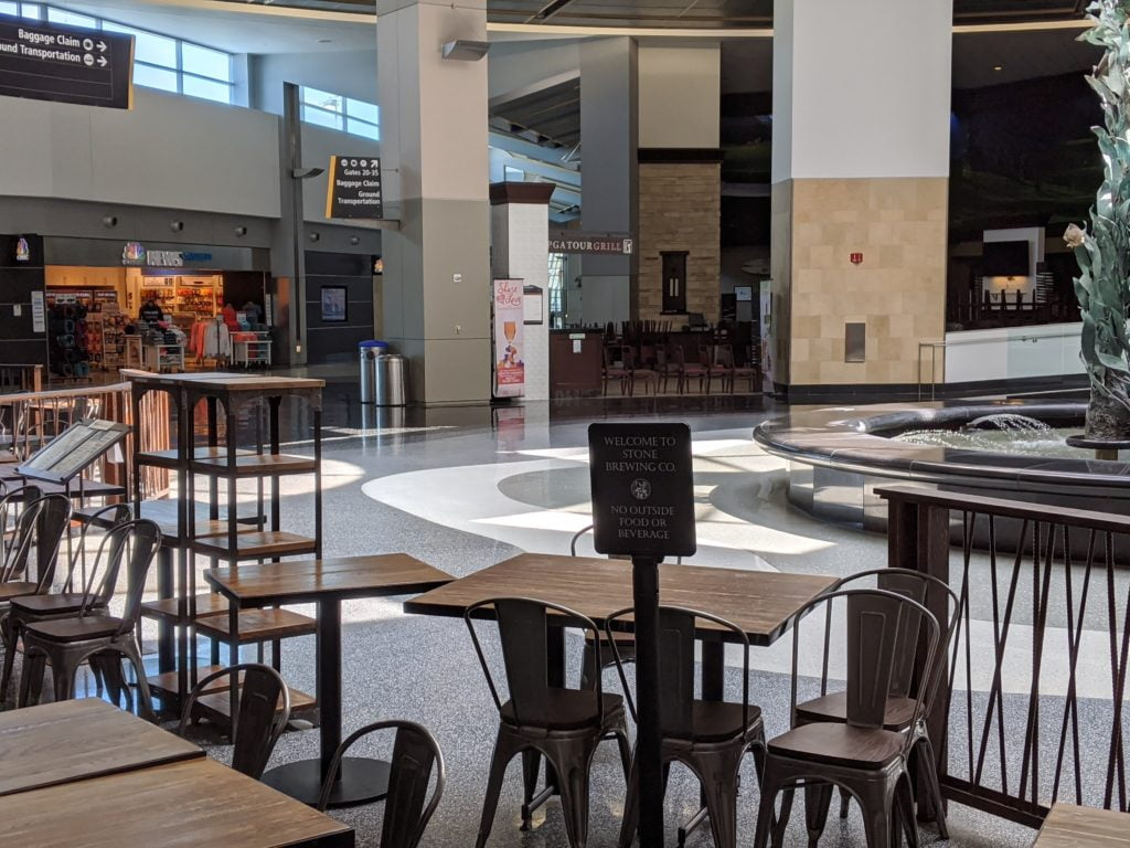 San Diego airport closed restaurants during Covid-19 pandemic.